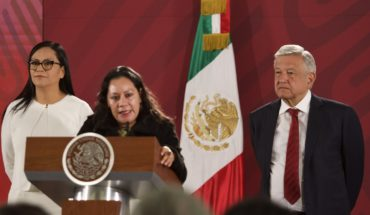 AMLO discusses giving scholarships to use Telethon centers