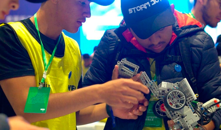 Conalep students win at the global Educational Robotics tournament in China