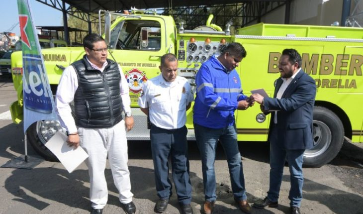 Heineken donated a fire truck to Civil Protection and Morelia Firefighters