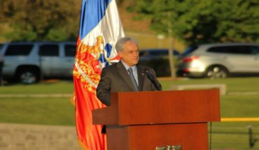 """Piñera expressed """"pain and solidarity"""" with relatives of victims of Hercules C-130 accident"""