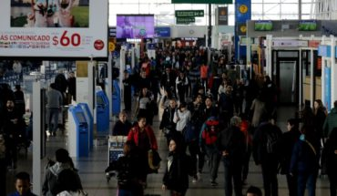 Record of passengers at Santiago Airport: 24 million people during the year