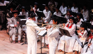 They steal instruments from the Ayutla Philharmonic Band, Oaxaca