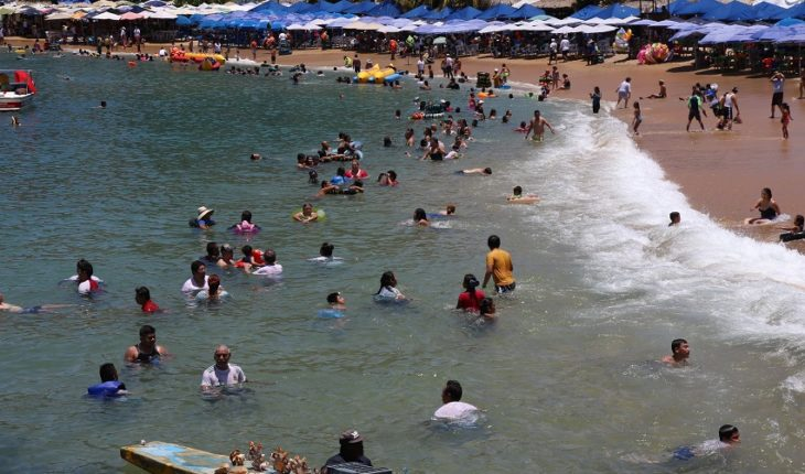 Three beaches in the country are not suitable for swimming on holiday