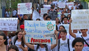 Why is there a stoppage at Guanajuato University?