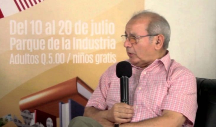 Writer Rubén González Lefno launches new storybook