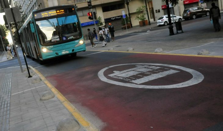7 new exclusive routes for collective locomotion buses in Santiago