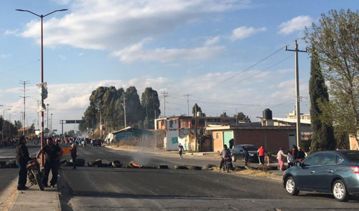 Activists are detained in Puebla; villagers call for their release