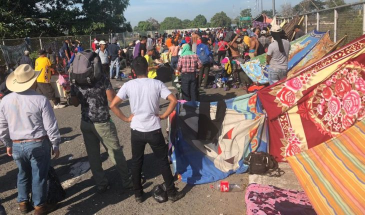 Caravana asks AMLO for permits to cross through Mexico