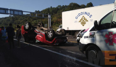 Highway 21st accident leaves eight injured