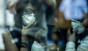 Coronavirus 'infecta' a la economía mundial, caen índices bursátiles