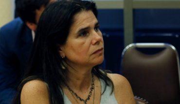 """Diputada Ossandón defiende diálogos de Desbordes: """"La UDI se está viendo un poco acorralada y está dando aleteos de ahogado"""""""