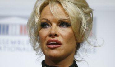 Ex marido de Pamela Anderson dijo que actriz sólo se casó con él para que le pagaran sus deudas