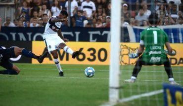 Festejó Diego: Gimnasia le ganó 1 a 0 a Atlético Tucumán en el Bosque