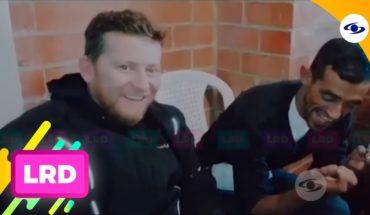 La Red: Chester sigue dando de qué hablar por lindas sus obras sociales - Caracol Televisión