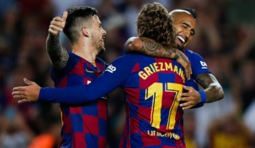 Barcelona de Vidal beat Eibar de Orellana and momentarily stood at the top