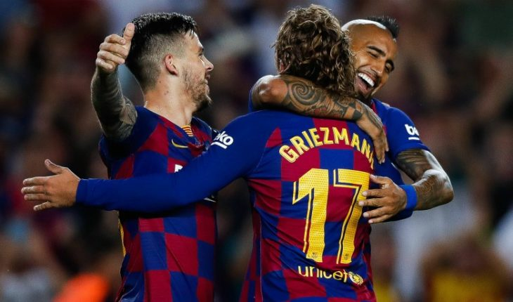 Barcelona de Vidal beat Eibar de Orellana and momentarily stood at the top
