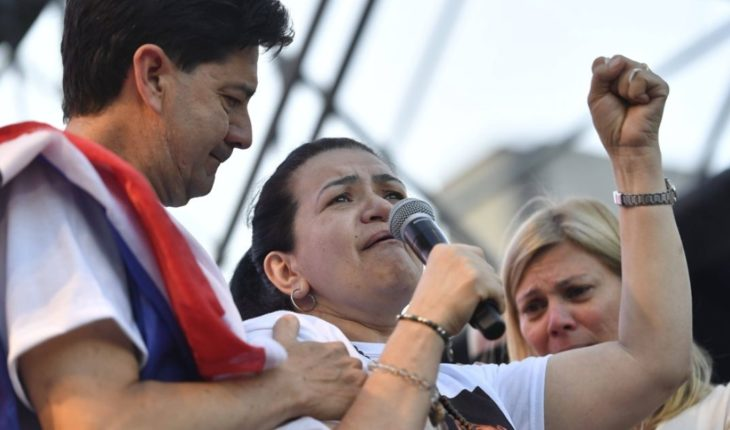 """Fernando's mom: """"My life is not easy, thank you for joining us"""""""