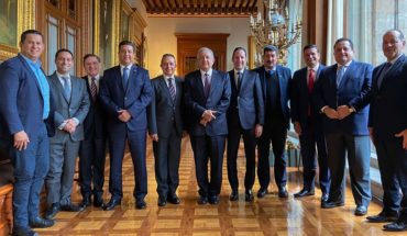 PAN governors fail to agree with AMLO on Funds for Insabi