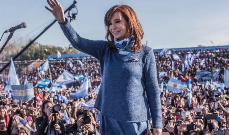 Video: La Cámpora honored Cristina Kirchner on her birthday