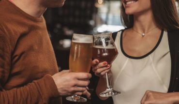 Why do we see the most attractive people when we drink alcohol?