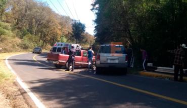 """8 personas resultan heridas en encontronazo de 2 camionetas en la carretera a """"Mil Cumbres"""""""
