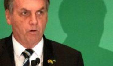 Bolsonaro decreta que actividades religiosas deben funcionar pese al COVID-19