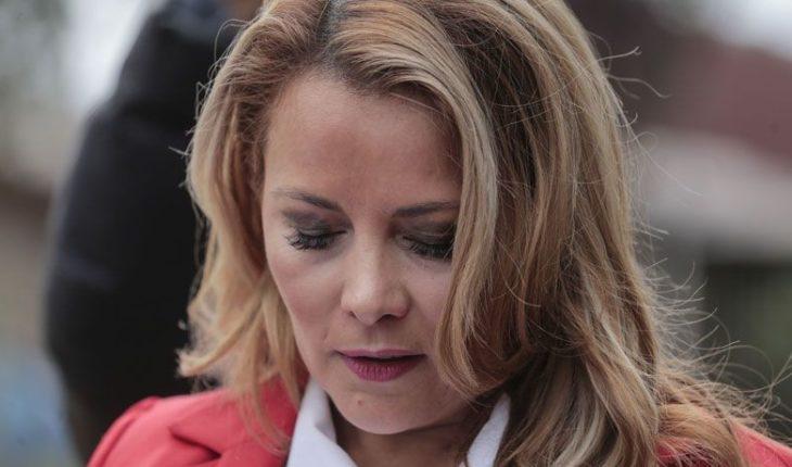 """Cathy Barriga respondió a críticas por informar fallecimiento por Covid-19: """"El sistema está lento"""""""