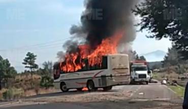 Comuneros incendiaron autobús en la carretera Uruapan-Paracho