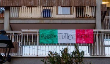 Coronavirus: el conmovedor video de vecinos en Italia cantando desde sus casas