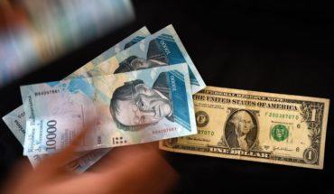 Coronavirus y nerviosismo global llevan al dólar a los 25 pesos en bancos