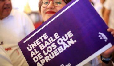DC lanza nueva imagen y campaña de cara a la franja para el plebiscito