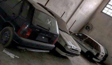 Hallan autos 0km abandonados por más de 30 años en un galpón de Avellaneda