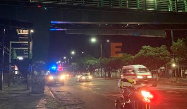 Hombre intentó quitarse la vida bomberos y policías lo evitan en Morelia, Michoacán