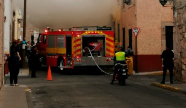 Incendio consume la habitación de una vivienda en el centro de Morelia, Michoacán
