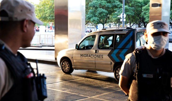 Múltiples operativos para expulsar turistas que se niegan a hacer cuarentena