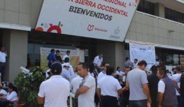 Maestros de Jalisco exigen pagos atrasados desde agosto