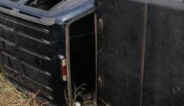 Se registra volcadura en la México 15, el conductor huyó