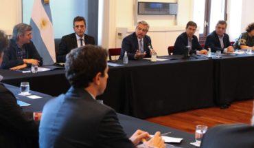 Tras la reunión con la oposición, Alberto analiza medidas de aislamiento total