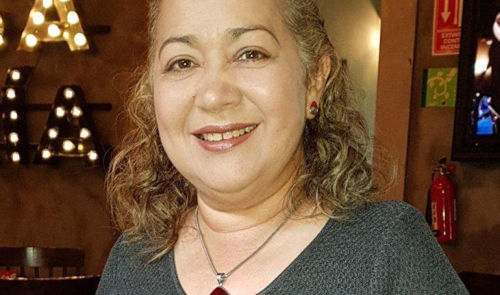 Amparo Guerrero, partying THE DEBATE