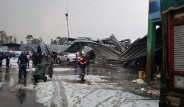 Hailstorm lands the roof of the Abasto Plant and other shops
