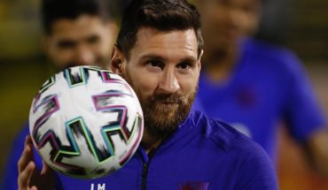 Lionel Messi donated one million euros to hospitals in Barcelona and Argentina