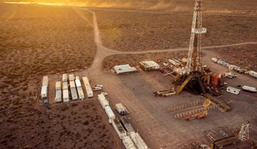 Oil prices are collapsing, what are the effects of Argentina?