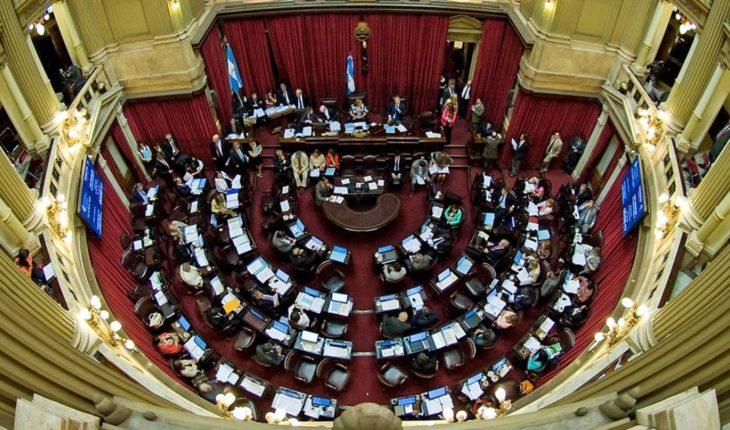 Opposition senators seek to avoid intervention of Jewish justice