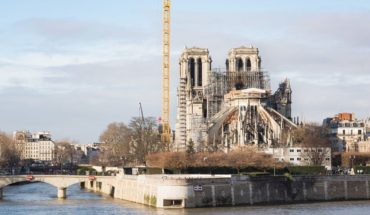 A un año del incendio, sonaron las campanas de la catedral de Notre Dame