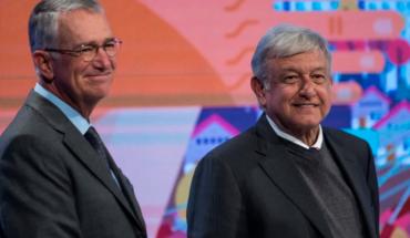 AMLO contrata publicidad a TV Azteca unos días antes de que ellos llamaran a desoír a López-Gatell