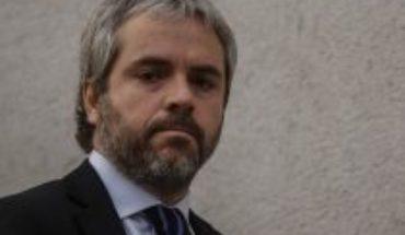 """Blumel por polémica foto de Piñera en Plaza de la Dignidad: """"Dio pie a malas interpretaciones"""""""