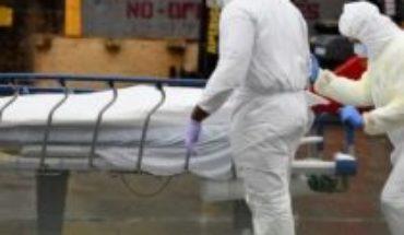 """Coronavirus en EE.UU.: los cuestionamientos al gobierno de Trump por """"no actuar a tiempo"""" para contener la pandemia y evitar miles de muertos"""