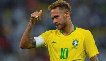 Entrenador campeón del mundo arremete contra Neymar por sus 'clavados'