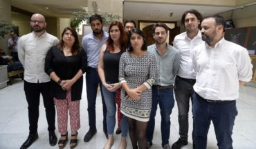 """Frente Amplio critica actitud """"triunfalista y temeraria"""" del Gobierno ante el Covid-19"""