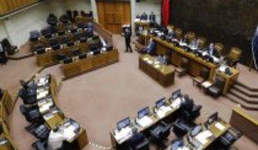 Grupo transversal de senadores pide a la presidenta de la Cámara Alta votar reforma al límite de la reelección